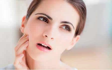 牙齦出血是生活中較為常見的症狀